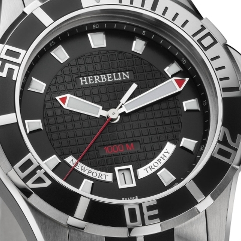 Michel Herbelin Newport Trophy Grand Sport quartz diving watch (face, detail)