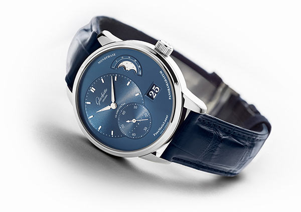 Glashütte Original presents its summer selection